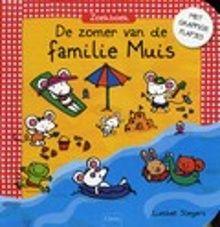De zomer van de familie Muis. Het is zomervakantie. De familie Muis blijft thuis en maakt uitstapjes naar zee of naar de bergen. Hardkartonnen zoekplatenboek met paginagrote eenvoudige kleurenillustraties en kartonnen flapjes. Vanaf ca. 3 jaar.