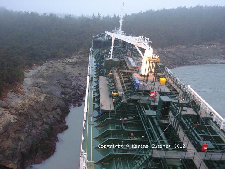 Ship grounding: Ships Ground, Maritim Disasters