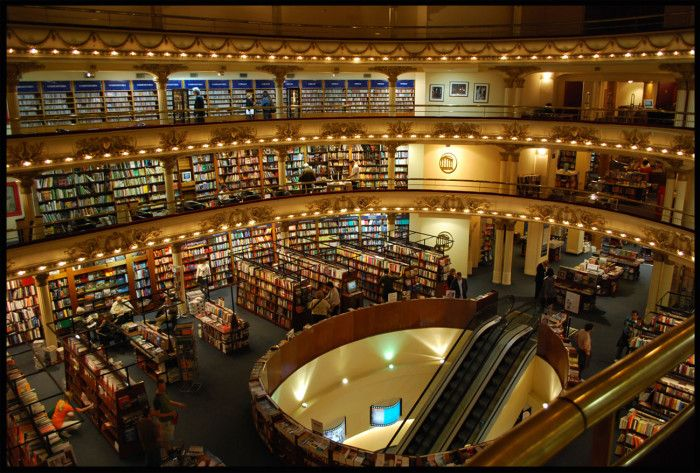 Ex-cine Grand Splendid. Libreria El Ateneo