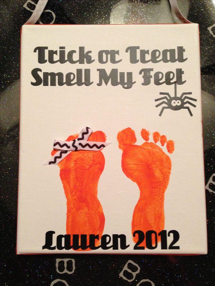 Toddler footprint Halloween craft