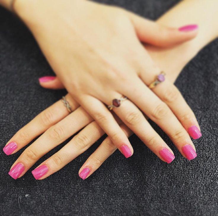 N A I L S  acrylic refills with 'The Berry Thought of you' OPI Gel polish.