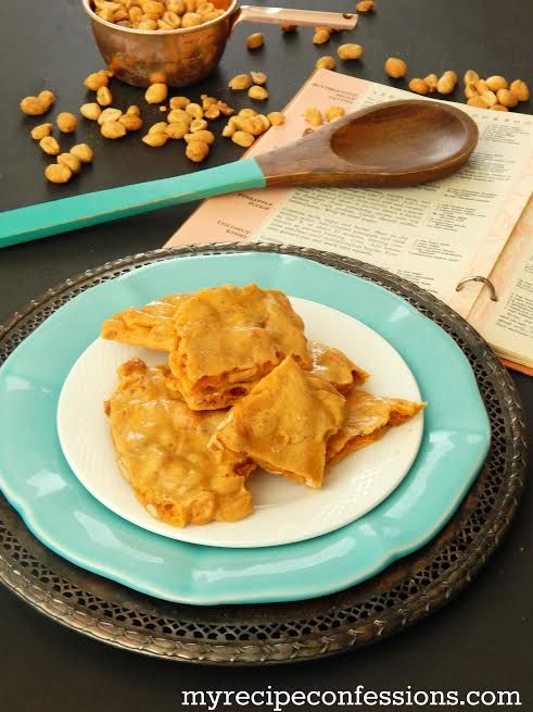 Fast and easy microwave peanut brittle recipe, great for the holidays!