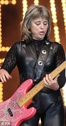 Suzi Quatro goes hell for leather in tight catsuit at Elvis ...