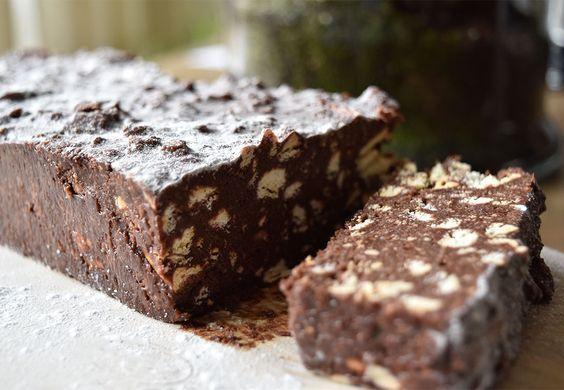Ooit gehoord van Arretjescake? Nee? Dat is eigenlijk ook niet zo gek want het is een traditionele, koude cake die slechts in een paar streken van Nederland gegeten wordt. Hoewel de precieze ingrediënten per streek en per recept verschillen, is…