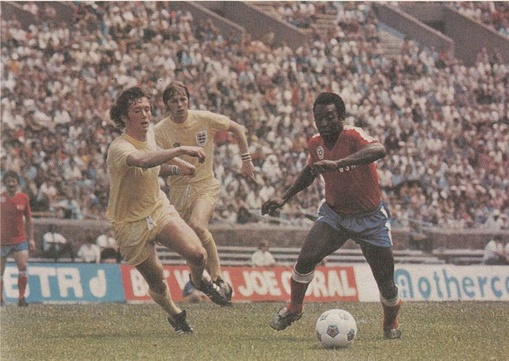 31st May 1976. England duo Trevor Cherry and Brian Greenhoff still finding Pele had pace when he turned out for Team America, during US Bicentennial Tournament.