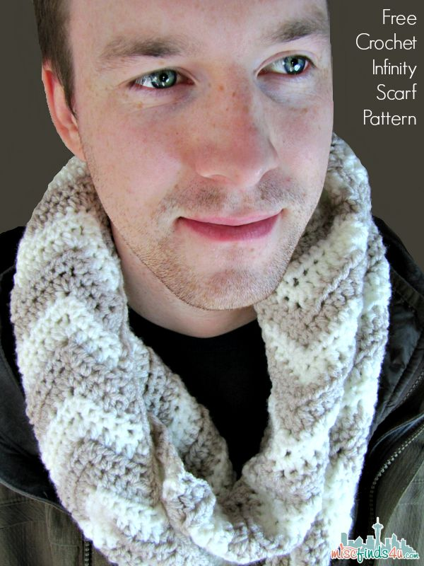 Free Chevron Infinity Scarf Crochet Pattern | Seattle Lifestyle Blog