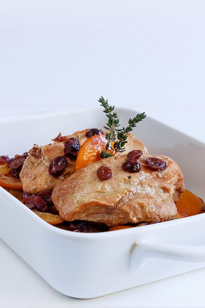 Chicken with orange and cranberries  Anna-Maria Barouh  http://www.instyle.gr/recipe/kotopoulo-me-portokali-ke-cranberries/