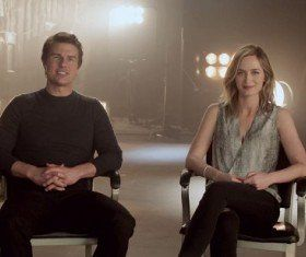 Edge of Tomorrow: Emily Blunt & Tom Cruise Go Behind the Scenes