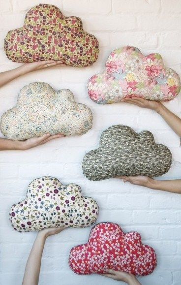 Cloud cushions - DIY sewing project for the reading corner
