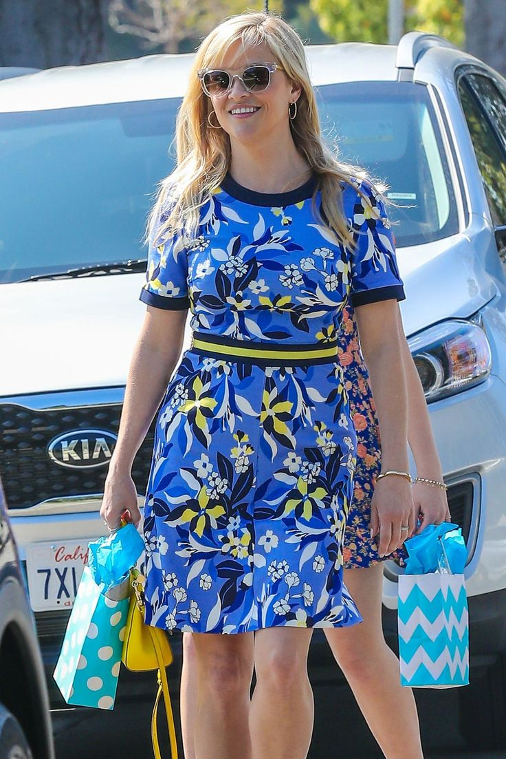 Reese Witherspoon #ReeseWitherspoon Out With Her Daughter Ava Elizabeth Phillippe in Beverly Hills 12/03/2017 Celebstills R Reese Witherspoon