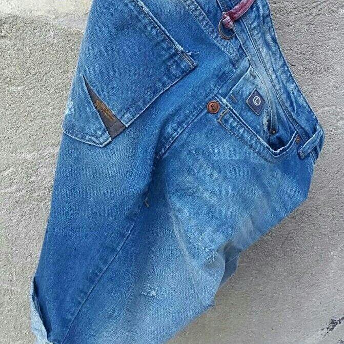 Denim tutkusu.  #ltbjeans #ltb #jeans #stylish #short #jeanşort # summer #denim #instafashion  #photooftheday  #instagood  #design  #picoftheday