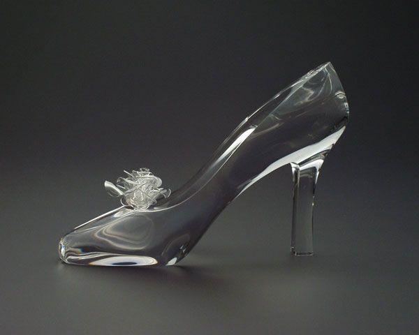 王子様がもってきてくれるガラスの靴