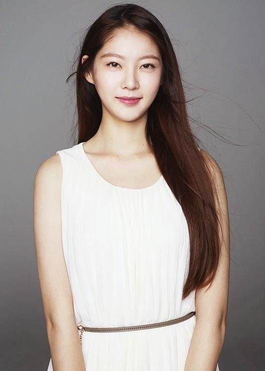 Gong Seung Yeon To Play Shin Se Kyung's Romantic Rival - http://asianpin.com/gong-seung-yeon-to-play-shin-se-kyungs-romantic-rival/