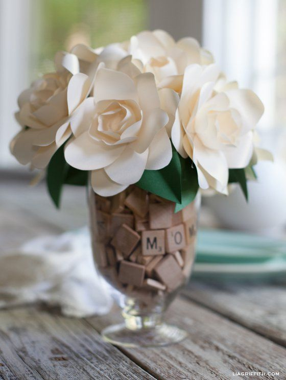 18 Gorgeous Vase Filler Ideas - One Crazy House