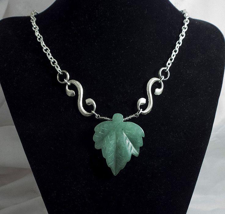 """ожерелье """"Лист"""": нефрит, ювелирный сплав"""
