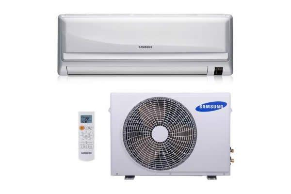 Lista com ar condicionado split de 12.000 Btus cujo descontos chegam aos 23% na WebContinental. Há modelos LG, Samsung, Gree e Agratto.