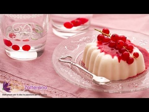 Panna cotta - original Italian Recipe, is a typical creamy sugary pudding. Panna cotta is simple and very fast to make.