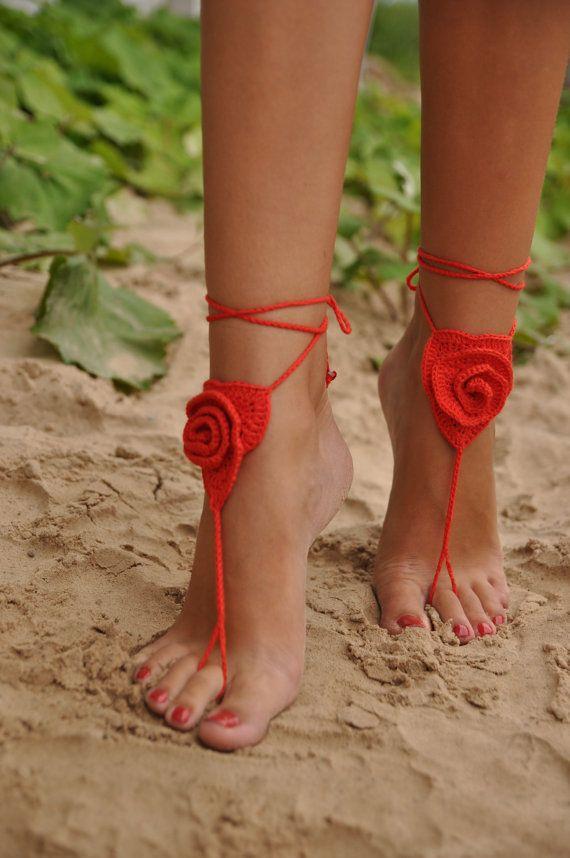 Crochet sandalias Descalzas, rosa roja, piscina desgaste de la playa, accesorios atractivos, accesorio de moda, regalo para ella, Valentine