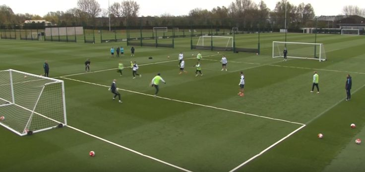 Eliaquim Mangala goes full Zlatan Ibrahimovic with backheel volley in Man City training (Video)
