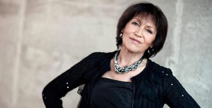 Marta Kubišová se přijíždí rozloučit s kariérou také do Plzně. Koncert je vyprodán