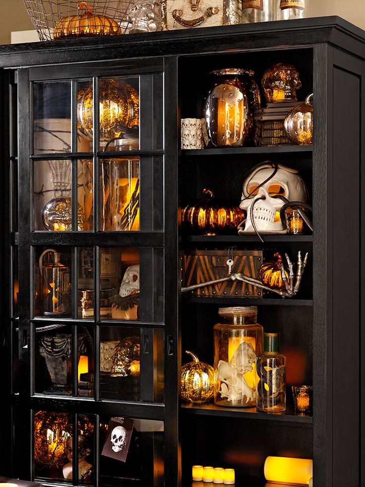 of curiosities Halloween Decorating