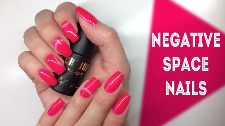 http://www.mywonderland.pl/negative-space-nails/
