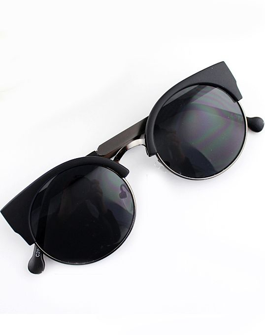 AU$15.70 FREE POSTAGE - Black Cat Eyed Sunglasses - Sheinside.com