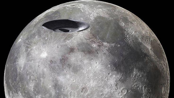 таинственный темный НЛО проходит дважды крест Луны на удивительной скоро...