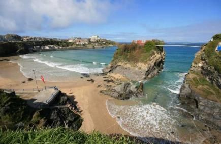 Have you been to Towan Beach in Newquay before? It's our beach of the week!