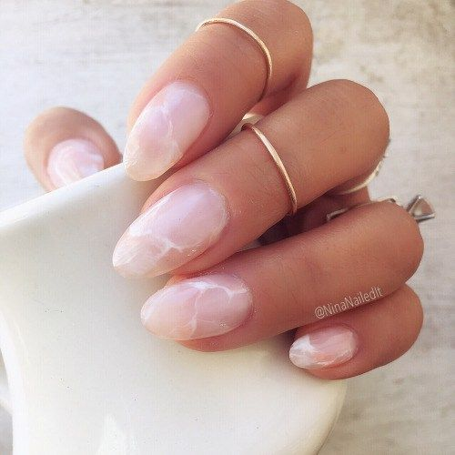 Beauty Trend – Crystal Nails, rose quartz nails