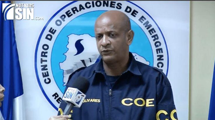 Continúan 17 Provincias En Alerta Roja Por Huracán Irma En El País