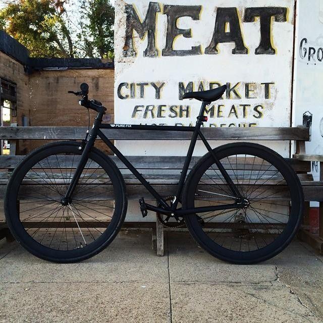My lady in black. Fixed gear life.  #fixie #fixedgear #purefix #cycles #cycle #juliet #blackonblack #fixed #variablegearsareforsofties #onegear #ridehard #ridefast #fitness #fit #training