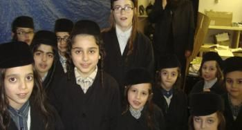 Foster father caring for Lev Tahor children speaks out.