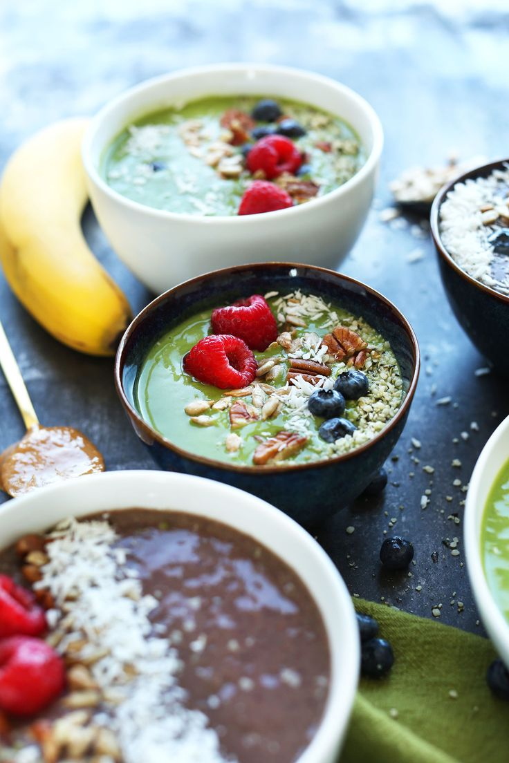 A Super Green Smoothie Bowl is great for a healthy breakfast or afternoon snack.