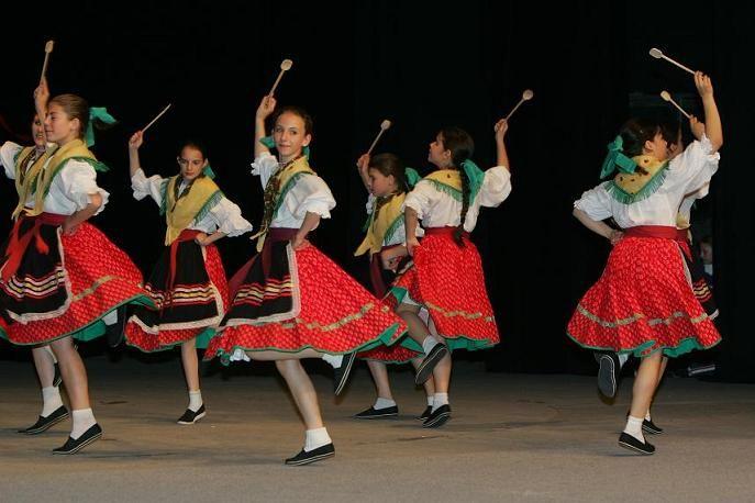 """spoon dance"" Slovakia"