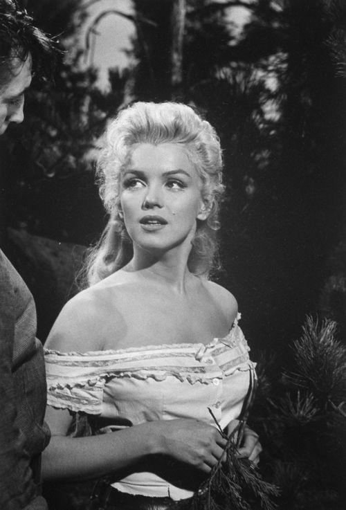 Marilyn Monroe in 'River of No Return' <3 1954