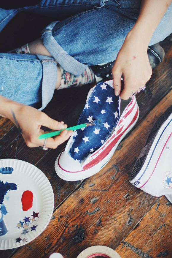 DIY American Flag Converse | Free People Blog #freepeople