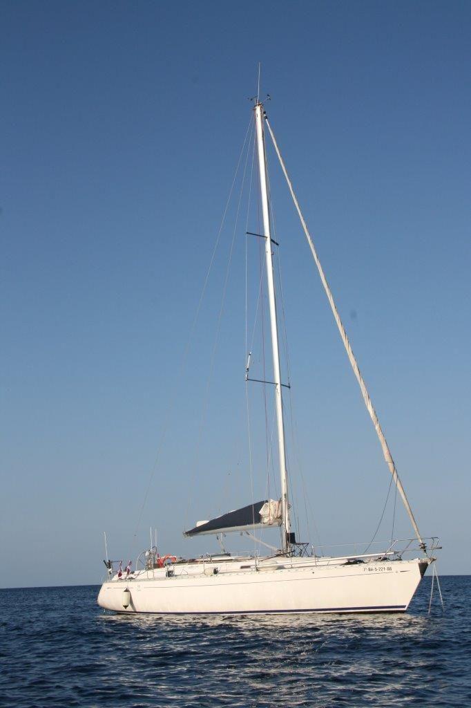 Alquiler velero Santa Eulalia en Ibiza y FormenteraAlquiler Barcos Ibiza Alquiler veleros Ibiza Formentera catamaran