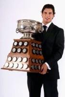 Sidney Crosby Should Return for Art Ross Scoring Trophy - Read More: http://www.penguinpoop.com/2013/sidney-crosby-should-return-for-art-ross-scoring-trophy/