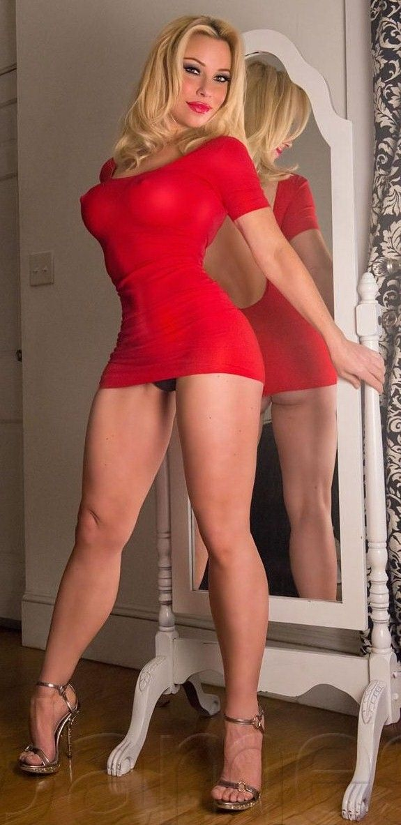milf escort prague free sex show