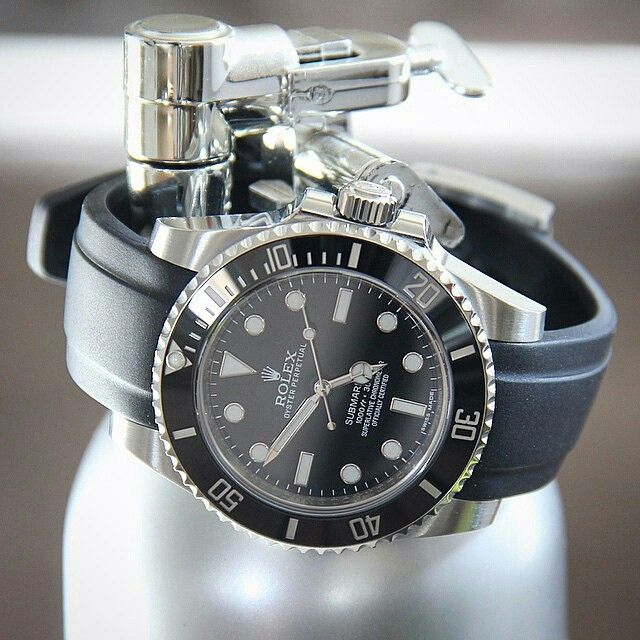 Rolex Submariner Rubber Strap Rolex Submarine...