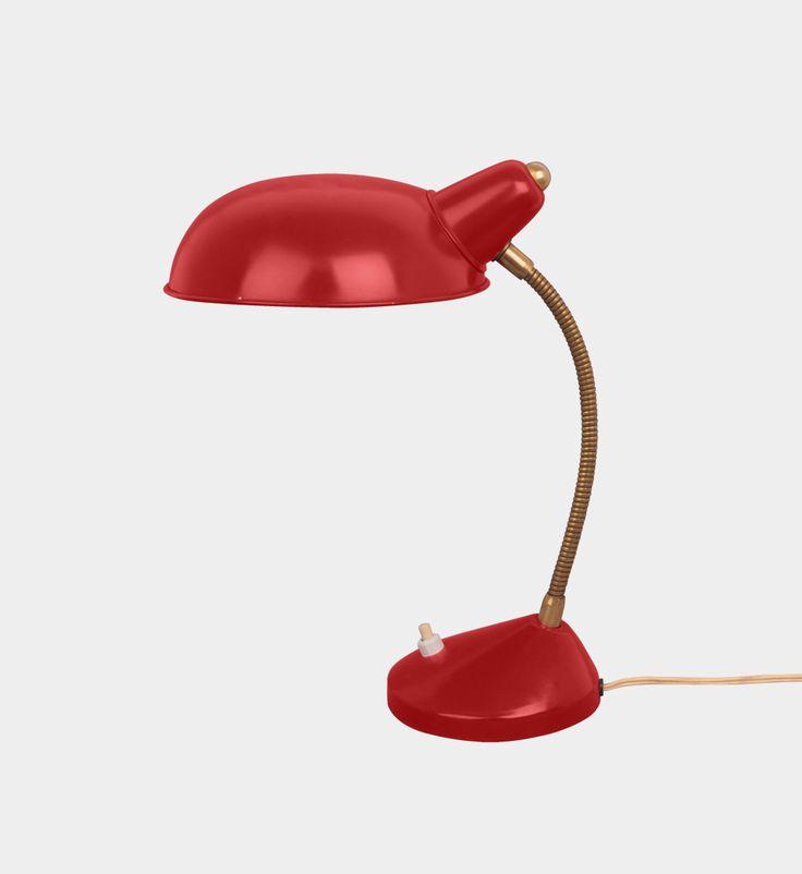 Simple little desk lamp, 1950s  #forform #vintage #lamp #vintagelamp