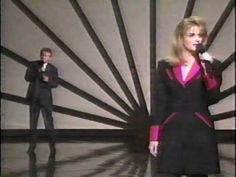 Trisha Yearwood & Don Henley - Walkaway Joe (LIVE)