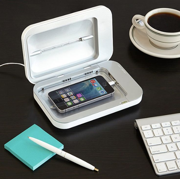 <3 PhoneSoap Smartphone Sanitizer ~ Love this! <3     25 Genius 'Shark Tank' Products You Can Get On Amazon
