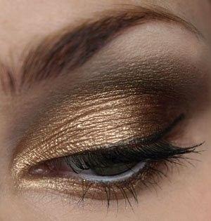 gold : Copper Gold Hair, Eye Makeup, Mac Copper Eyeshadows, Eyeshadows Looks, Eye Shadows, Gold Tone, Hazel Eye, White And Gold Eyeshadows, Gold Eyeshadows Makeup