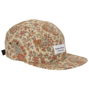 Raised By Wolves Algonquin 5 Panel Cap - Cream Civil War Paisley  Label: Raised By Wolves   Format: Cap  £25.00 (£30.00 inc VAT)     Canadian born brand Raised By Wolves takes its inspiration from Skate culture, Urban clothing, and other popular trends combining them to create unique and one of a kind pieces of clothing.   •	Cream Civil War Paisley colourway  •	Cotton body  •	Raised By Wolves woven label detail  •	Web fabric adjuster at the back  •	Made in USA