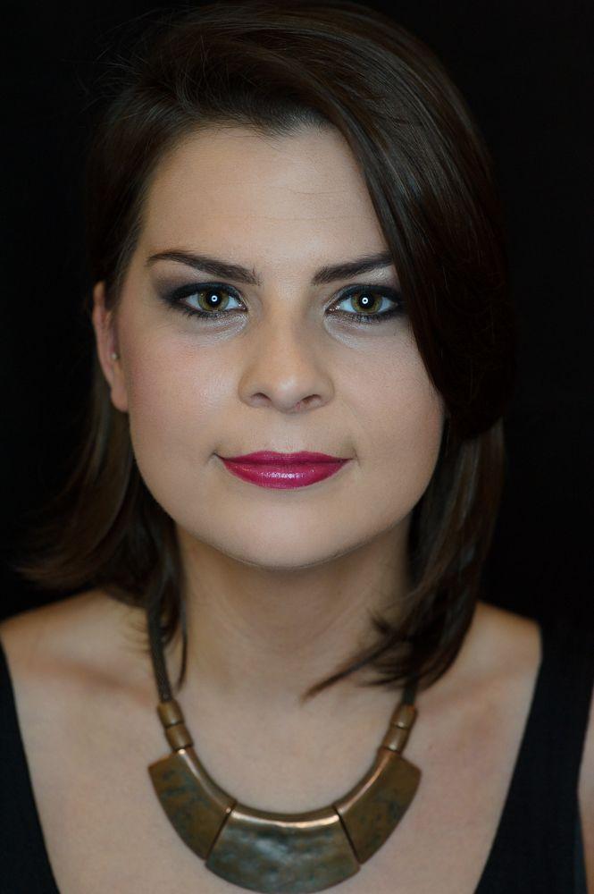 Make Up Artist Ausbildung: Prüfung Braut und Abend Make Up
