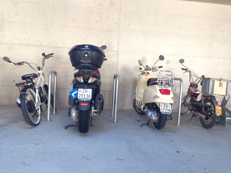 4 genererations of 2-wheel concepts just in a row #YouMo #modernscooter #Vespa #Mofa