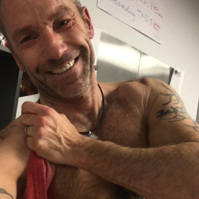 Happy Saturday, guys! #instagood #michaelfeldmann #me #menstyle #smile #tattoo #thinkpositive #love #motivation #followme #enjoy #men #fitness #bodyshape #followmeplease
