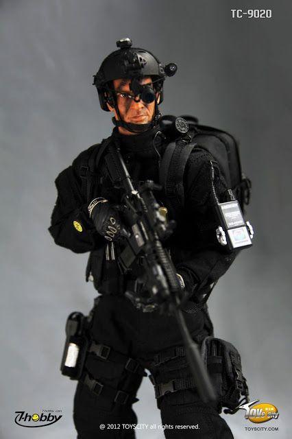 Best 25 navy seal equipment ideas on pinterest navy seal news navy seals and special forces - Navy seal dive gear ...